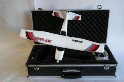 NE770 KIT SKY EAGLE NINE EAGLES CON VALIGIA IN ALLUMINIO