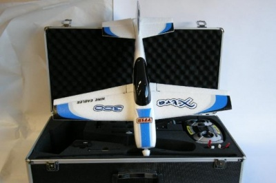 NE771 KIT EXTRA 300 NINE EAGLES RTF CON VALIGIA IN ALLUMINIO
